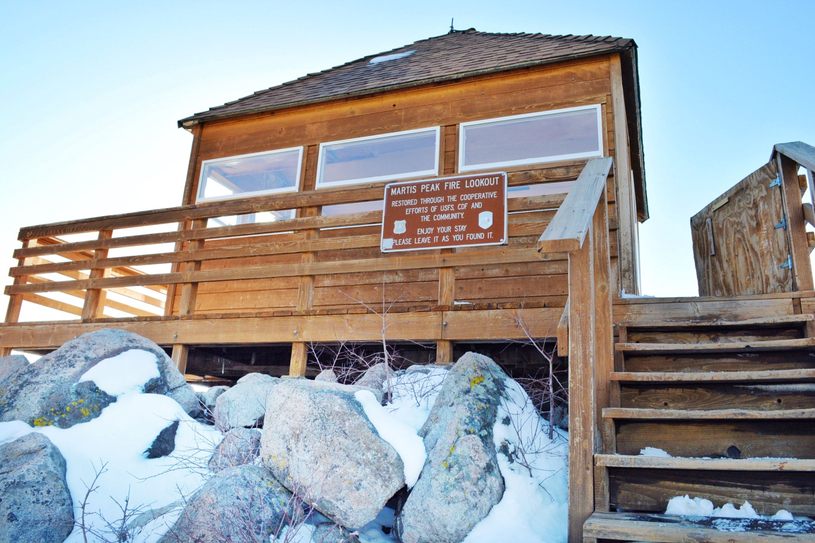 martis peak fire lookout